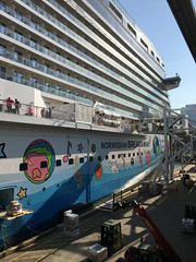 Norwegian Breakaway (terraxplorer2000) Tags: cruise cruiseship norwegianbreakaway