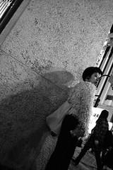 shibuya_GRDIII_161014_R0011859 (jamro_jamro) Tags: candid street shibuya blackandwhite bw noiretblanc monochrome night grdiii grdigital tokyo