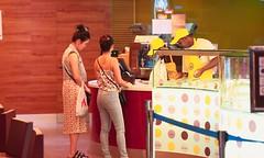 Payment (Rajavelu1) Tags: women ladies beauty art aroundtheworld creative kolalambur malaysia streetphotography restaurant canon6d