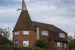 Single Oast (ClydeHouse) Tags: frittenden byandrew oasthouse kent