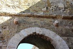 Cagliari - Porta dei Leoni (Franco Serreli) Tags: sardegna sardinia cagliari stradedicagliari leoni porta portadeileoni bastione bastionesaintremy arco centristorici