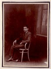 (Ferencdiak) Tags: decorativ glass window chair young man portrait portr hungary szk ablak dszveg secession szecesszi virg