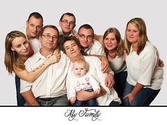 Family (LM Photographe) Tags: eos7d canon famille studio portrait couple flash softbox