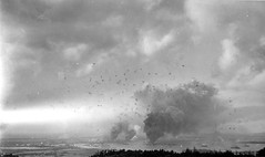 #Panorama view of Pearl Harbor, during the Japanese raid, with anti-aircraft shell bursts overhead. December 7th, 1941. [3600 x 2138] #history #retro #vintage #dh #HistoryPorn http://ift.tt/2gU8lp1 (Histolines) Tags: histolines history timeline retro vinatage panorama view pearl harbor during japanese raid with antiaircraft shell bursts overhead december 7th 1941 3600 x 2138 vintage dh historyporn httpifttt2gu8lp1