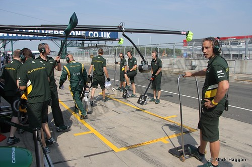 The Caterham pit crew prepare for Will Stevens in Formula One Young Driver Testing at Silverstone, July 2013