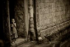 IMG_5360 (maxlovi) Tags: photo asia cambodia tibet photograph canon5d laos lao mekong s21 cambogia leicam9