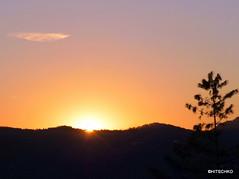Sonnenaufgang (HITSCHKO) Tags: italien cn nocciola piemont bergolo altalanga haselnssen cuenoi paesedipietra cortedmilia brmidata