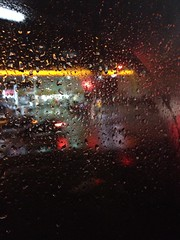 Raining outside (souza_luisfelipe) Tags: glass rain brasil paulo so