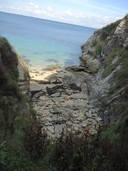 Belle-Île-en-Mer (ZiKiarts) Tags: uk sea italy usa mer fish paris france fern london art october brittany flickr à iran bangor bretagne atlantic seafood et venise morbihan rom atlanticocean tgv natue fougere pêche atlantique citadelle rurales quiberon ocea belleile zagros sauzon auray lepalais locmaria oceon belleîleenmer 2013 zagrosmountains 84km thisphotorocks zardkuh bazoftforever bazoft zikiarts zikirats bazoftforevever montszagros lepalaisescales citadellebauvan iodées