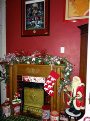 Crimson Tide Bedroom at Christmas (Cougar_6) Tags: christmas bedroom alabama decoration style interiordecoration crimsontide