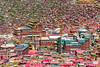 Serda (tsemdo.thar) Tags: buddhist buddhism tibet monastery amdo serta sichuan seda 西藏 tantric 四川 佛教 青藏高原 藏族 roofoftheworld nyingma 高原 藏传佛教 tibetanculture 甘孜 色达 nyingmapa serda 安多 zangzu 藏族文化 དགོན་པ སངས་རྒྱས་ཆོས་ལུགས ཨ་མདོ བོད་ལྗོངས ཆོས་ལུགས བོད་ཡུལ བོད་ཀྱི་རིག་གནས དཀར་མཛེས 色达五明佛学院 ནང་བསྟན zangqu གསེར་རྟ གསེར་རྟ་དགོན་པ 色达寺