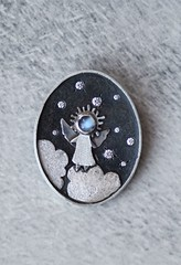 brooch for Nana (vikafogallery) Tags: