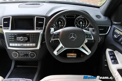 2014-Mercedes-GL63-AMG-27
