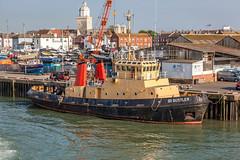 SD BUSTLER (John Ambler) Tags: sign docks call sd portsmouth tug imo camber mmsi bustler gzax 232002861 7902336