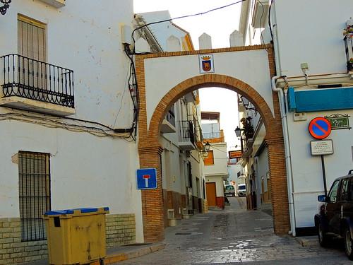 <Entrada a Calle Iglesia> Alozaina (Málaga)