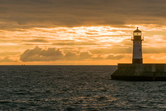 16-6674 (George Hamlin) Tags: minnesota duluth lake superior sunrise water sky clouds lighthouse colorful photo decor george hamlin photography
