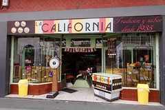 La California, Puebla, Mexico, October/ November 2016 (Yekkes) Tags: mexico puebla cafe dessertbar lacalifornia vintage retro urban weighingmachine windows signage shop