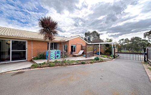10 Whittell Crescent, Florey ACT 2615