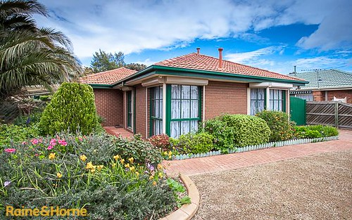 71 Muirfield Dr, Sunbury VIC 3429