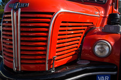 beau comme un camion (RidexGlobal) Tags: autosmotos couleurs france red