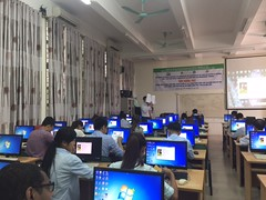 Training session on least-cost ration software (International Livestock Research Institute) Tags: ilri usda feed eastandsoutheastasia hanoi vietnam software dairycattle