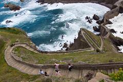 Stairway to San Juan de Gaztelugatxe - Euskadi (Edward Newman Photography) Tags: gaztelugatxe stairs stairway nature mountain waves coast corner stone people euskadi basque vasco bakio bizcaia spain canon 550d 1585mm high cenit above