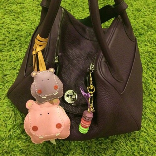 Hugo the hippo in big and small size, photo shared by our lovely customer 😊👍😍