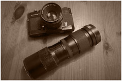 Long before the Digital Era (Explore) (Rudi Pauwels) Tags: fotosondag analog fs161113 bw blackandwhite konica konicaautoreflex sepia lookingold vivitartelezoom sigma 1020mm sigma1020mm nikon d7100 nikond7100