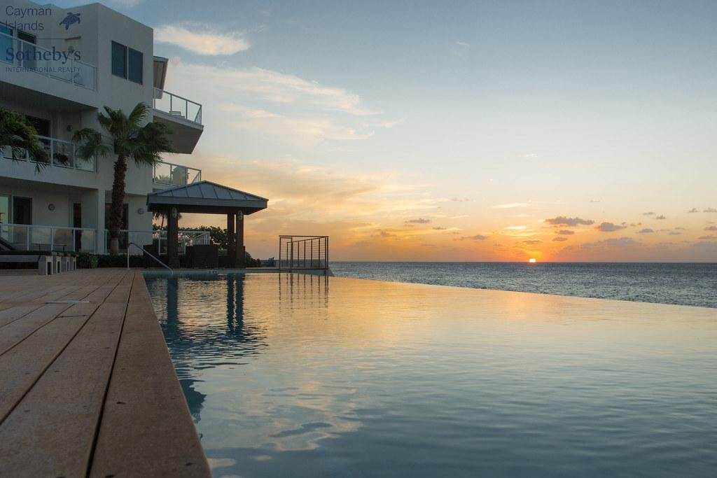 Cayman Islands Relastate