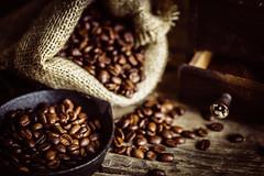 Time for coffee (Gruenewiese86) Tags: kaffee kaffeebohnen stock geröstet coffee rustikal macro makro