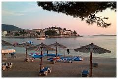 Coucher de soleil - (busylvie) Tags: mer ciel de plage surise peace paix srnit calme