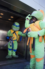 buzzed ninja turtles (rappensuncle) Tags: lasvegas nevada thestrip buzzed ninjaturtles rappensuncle oldenglish800