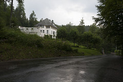 la chaux-de-fonds (www.jlosada.com and @jorge_losada on Instagram) Tags: landscape switzerland suiza paisaje lecorbusier modernarchitecture maisonblanche lachauxdefonds arquitecturamoderna jorgelosada