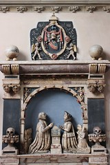 Monument to Robert Suckling ( 1589) and his first wife, Elizabeth Barwick ( 1569) in the church of St Andrew, Norwich, Norfolk (Rubens1577) Tags: sculpture church monument skulls norfolk crest tudor pomegranates norwich marble honeysuckle buck elizabethan capitals cornice suckling listedbuilding standrew consoles alabaster barwick listedbuildings elizabethi wallmonument heraldiccrest elizabethansculpture chalicestands sirrobertsuckling elizabethbarwick tudorsculpture
