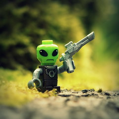 Invader (R D L) Tags: alien kreo kreon microfigure cityvilleinvasion
