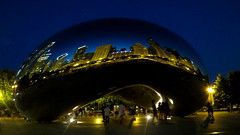 CHICAGO (pwitterholt) Tags: chicago canon silver evening illinois bean lakemichigan avond thebean boon weerspiegeling glanzend canonpowershotsx40hs canonsx40