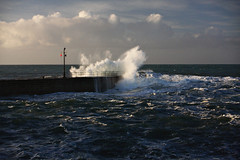Waves hit the quay (Peter Sincock) Tags: ocean sea landscape cornwall waves sigma porthleven 40d