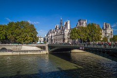IMG_4044 (Brian K. Leadingham Photography) Tags: paris france tower island europe tour cathedral eiffel notredame croissant notre dame