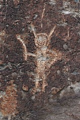 Petroglyph / Fremont Indian State Park (Ron Wolf) Tags: archaeology utah fremont nativeamerican petroglyph anthropology rockart anthropomorph fremontindianstatepark anthromorph