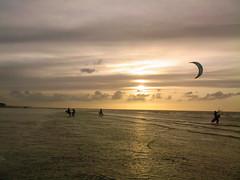 SP_A0063 (Esmeralda Dia) Tags: sky sun kite beach surf normandie kitesurf