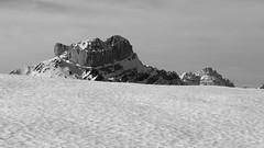 CASTILLO DE ACHER (anoste40) Tags: winter mountain snow montagne trekking landscape climb hiver nieve rando invierno neige montaa espagne glace alpinisme pyrnes escalade pirineos bearn paysbasque gascogne sudouest aquitaine ossau randonnes pyrnesatlantiques valledaspe hivernale randoraquettes valledossau