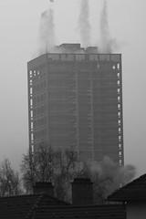 The Blast (loop_oh) Tags: tower germany deutschland hessen frankfurt main explosion bank run demolition sequence blast serie blasts frankfurtammain frankfurtmain roemer metropole rmer hesse mainhattan detonation eintracht afe frankfurtam sprengung pullingdown tearingdown afeturm