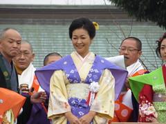 財前直見 / Naomi Zaizen (Actress) in Narita-san - Neyagawa, Osaka