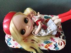Lydia Frances saying hi (KenJae2010) Tags: house love me japan doll furniture dream barbie hong kong plastic malaysia blythe lydia simply frances tu takara tomy sabes rbl tusabesblythe blytje simplyloveme