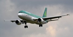 Aer Lingus Airbus A320-214 EI-DVN (2) (Mark 1991) Tags: london heathrow airbus aerlingus lhr heathrowairport a320 londonheathrow eidvn