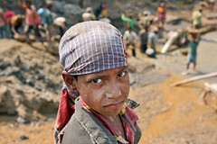 Bangladesh: Livelihood in the Bholaganj Stone Quarry (akhlas_viewfinder) Tags: poverty asia employment poor health environment migration sylhet bangladesh childlabor livelihood bholaganj womenlabor stonelabor migratedpeople migrationforlivelihood