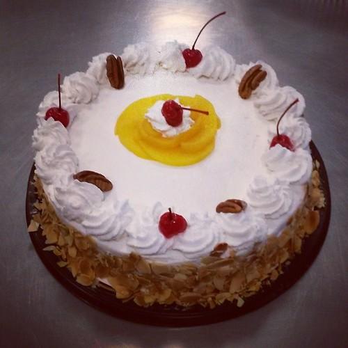 Pastel de tres leches #instagramer #InstaFood #instacook #PastelDeTresLeches #cake #FoodPorn #FoodLover #cuisine