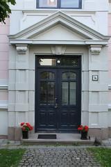 Oslo July -14 (1) (boaski) Tags: door old art oslo norway design norge antique skandinavien norwegen tur noruega porte scandinavia norvege dorr noorwegen dr norwegia pouerta