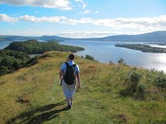 Conic Hill (honz121) Tags: summer sunshine scotland hiking connor sunny helen loch lochlomond hillwalking conichill
