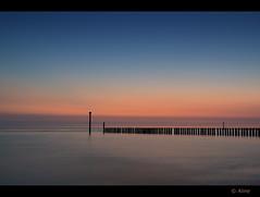 on a hot summer night part II (Just me, Aline) Tags: 201609 alinevanweert holland netherlands westkapelle zeeland beach sea strand zee longexposure langesluitertijd le leefilter9ndhg light sunset zonsondergang